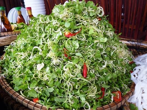 Mỳ quảng Phú Chiêm – hương vị quê nhà Quảng Nam (7)